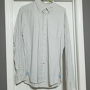 Other - Tailgate clothing company long sleeve button down